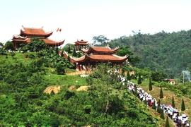 Tour Hà Nội – Tuyên Quang – Thái Nguyên – Cao Bằng – Bắc Cạn