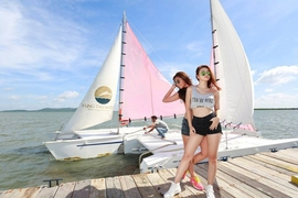 Tour Vũng Tàu: Trại Cừu - Vịnh Marina - Tắm biển