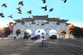 Tour Đài Loan Tết Nguyên Đán Đài Bắc – Cao Hùng – Nam Đầu – Đài Trung 6 ngày 5 đêm chỉ 17.490.000Đ