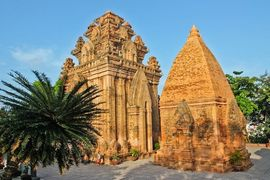 Tour du lịch Quảng Bình đi Nha Trang