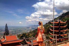 Tour du lịch Phan Thiết Mũi Né núi Tà Cú