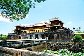 Tour du lịch Bắc Giang đi Huế