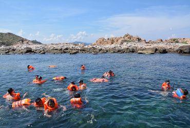 Tour du lịch đảo Bình Ba đón tại Nha Trang