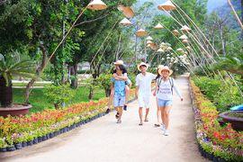Tour du lịch Hà Nội đi Nha Trang - Suối Hoa Lan khách đoàn