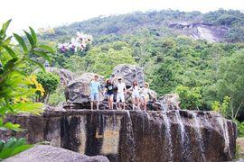 Tour Đà Nẵng đi Nha Trang Suối Hoa Lan khách đoàn