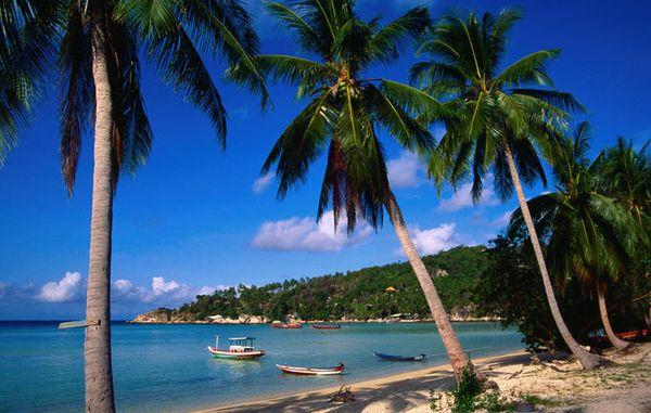 ao-chalok-ban-kao-beach-campuchia-bazan-travel
