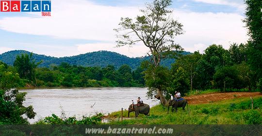 ve-may-bay-buon-ma-thuot-bazan-travel