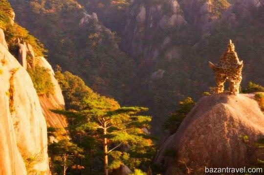 huangshan-mountain-china1