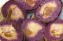Bánh tét lá cẩm nổi tiếng Cần Thơ