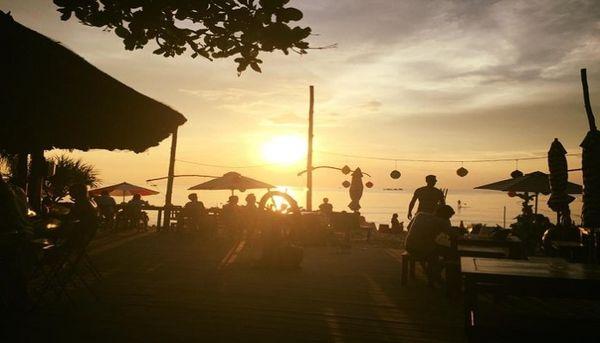 rorys-beach-bar-01