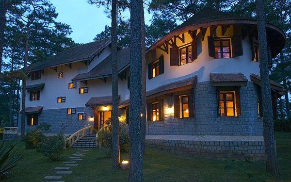 ana-mandara-villas-dalat-resort-spa-2