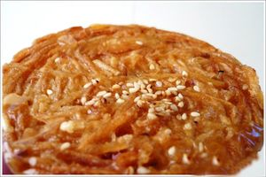 Giòn tan chiếc bánh rế đặc sản của Phan Thiết