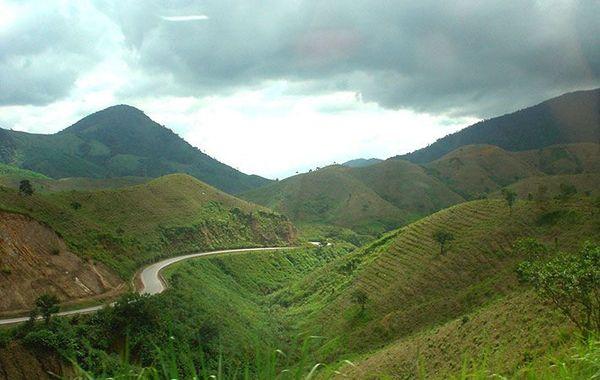 nui-phuong-hoang
