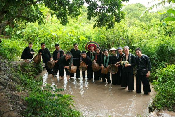 du-lich-mien-tay-gia-re-bazan-travel-1