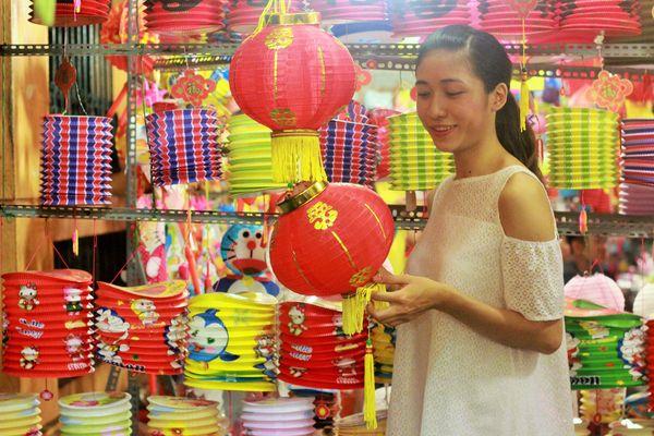 pho-long-den-luong-nhu-hoc-2
