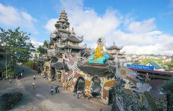 linh-phuoc-pagoda