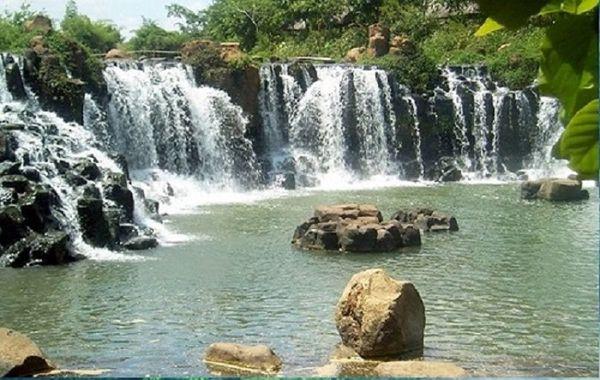 su-hung-vi-cua-thac-ankroet-bazan-travel
