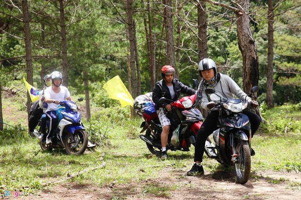 21729 duong den thac pang tieng bazan travel 600x400 - Thác Păng Tiêng Đà Lạt