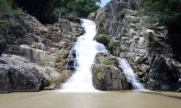 ve-dep-thac-pang-tieng-bazan-travel