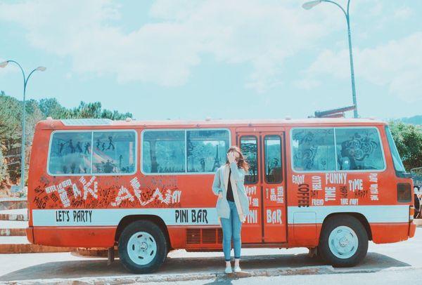 pini-bar-da-lat-bazan-travel