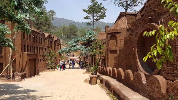 duong-ham-dat-set-bazan-travel
