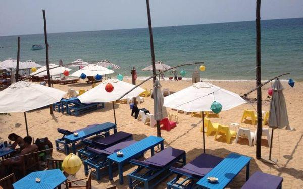 beach-bazan-travel