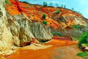 Suối Tiên - Dòng suối hồng độc nhất vô nhị tại Việt Nam