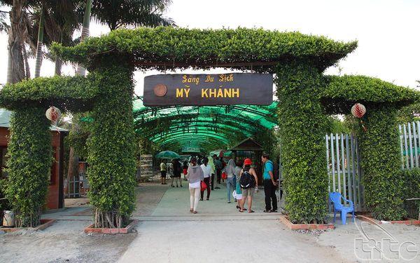my-khanh-bazan-travel-1
