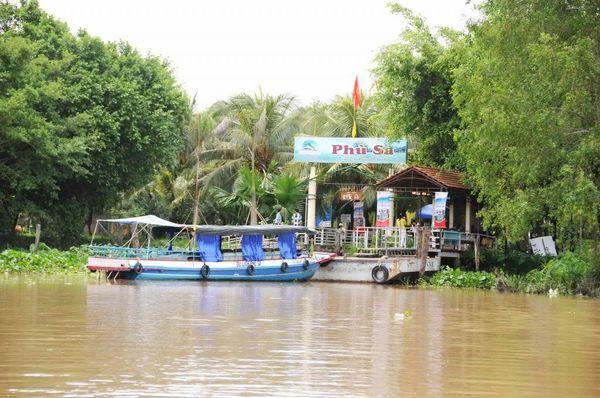 phu-sa-bazan-travel