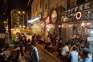 """Tổng hợp những quán cà phê """"thức xuyên đêm"""" ở Sài Gòn – Mình cùng chơi tới sáng!"""