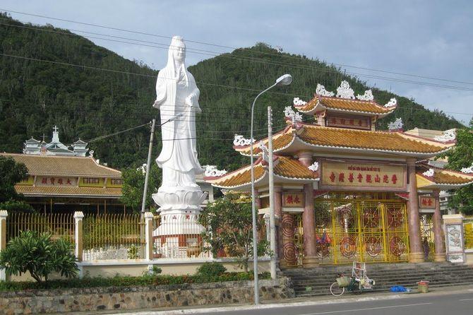 tour-hanh-huong-10-chua-vung-tau-tet-nguyen-dan7
