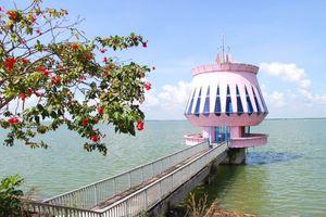 Hồ Dầu Tiếng điểm đến quyến rũ của Tây Ninh