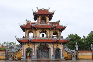 Đến Móng Cái ghé thăm ngôi chùa cổ Nam Thọ rêu phong mà yên bình