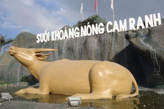 khu-du-lich-suoi-khoang-nong-cam-ranh