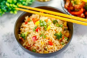 Thơm ngon món cơm rang dân dã phổ biến của Trung Quốc