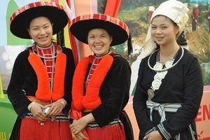 Độc đáo trang phục của người Dao ở Hà Giang