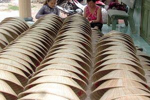 Làng nghề truyền thống chằm nón lá ở Tây Ninh