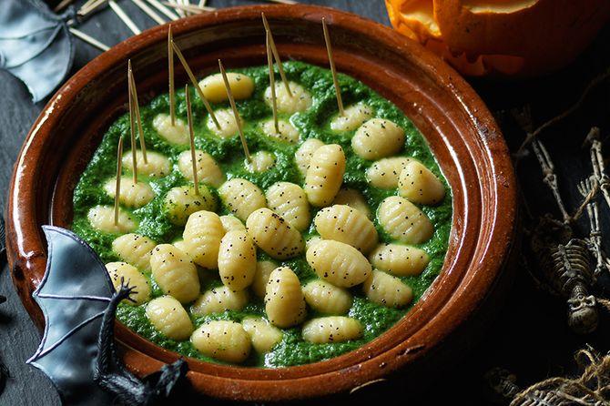 witchetty-grubs-au-trung-buom