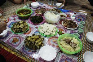 Khu Cù Tê lễ hội đầy màu sắc của người La Chí ở Hà Giang