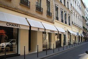 Đại Lộ Montaigne - Điểm du lịch nổi tiếng ở Pháp