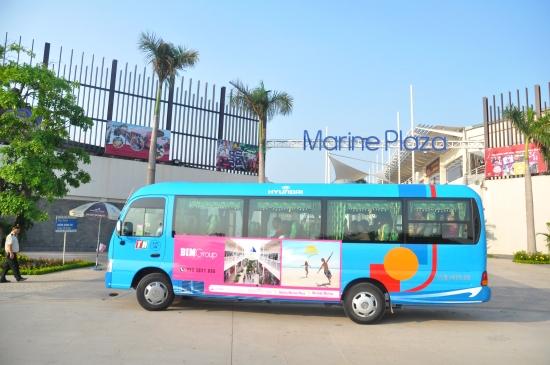 marine-plaza-bus