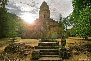 Đền Baksei Chamkrong ở Siem Reap