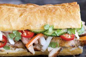 Bánh mì mỏ - Đặc sản không thể bỏ qua của Quảng Ninh