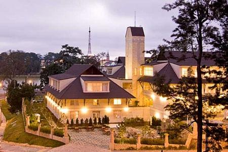 blue-moon-hotel-da-lat