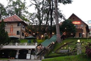 Khách Sạn Empress Đà Lạt