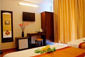 Khách Sạn The Light 2 Nha Trang
