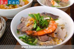 Thưởng thức món hủ tiếu Nam Vang lạ miệng tại Campuchia