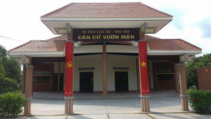 vuonman-bazan-travel