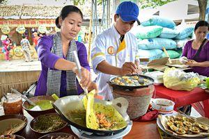 Phá đảo lễ hội bánh dân gian Nam Bộ tại Cần Thơ