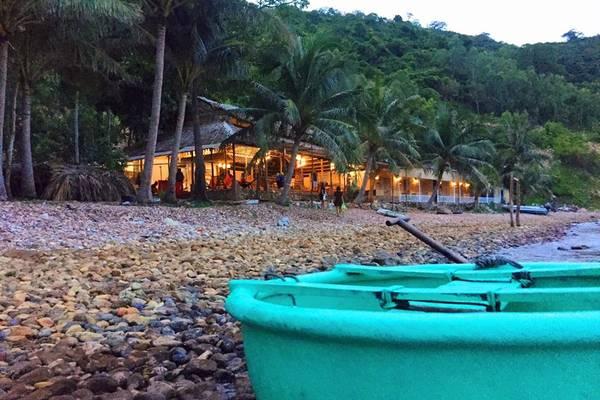 bai-soi-beach-nam-du-11